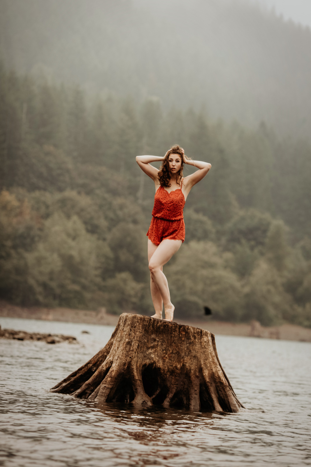 Yuliya Rae Seattle PNW boudoir portrait Outdoor Photographer